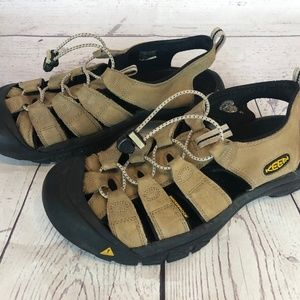 Keen Newport Men's Size 11 / 44.5  Sport Sandals